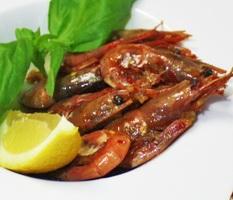 Креветки под острым  медово-соевым соусом