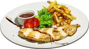 Куриное филе с соусом BBQ и картофелем фри