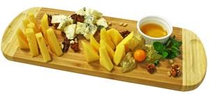 Сырное плато с медом и грецким орехом