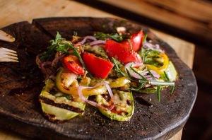 Cалат овощи-гриль + сыр