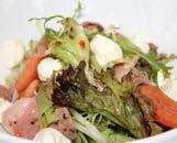 Салат с уткой, тайский заправкой и крем-сыром