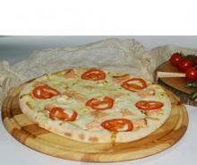 Пицца «Лосось в сливочном соусе»